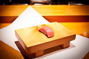 特上寿司 (中トロ)
