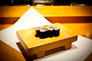 特上寿司 (海苔巻き)